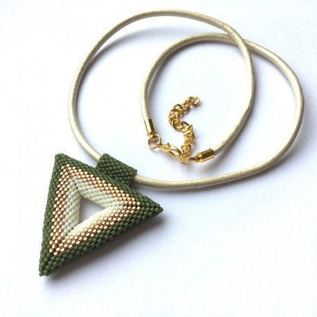 Atena' (green)